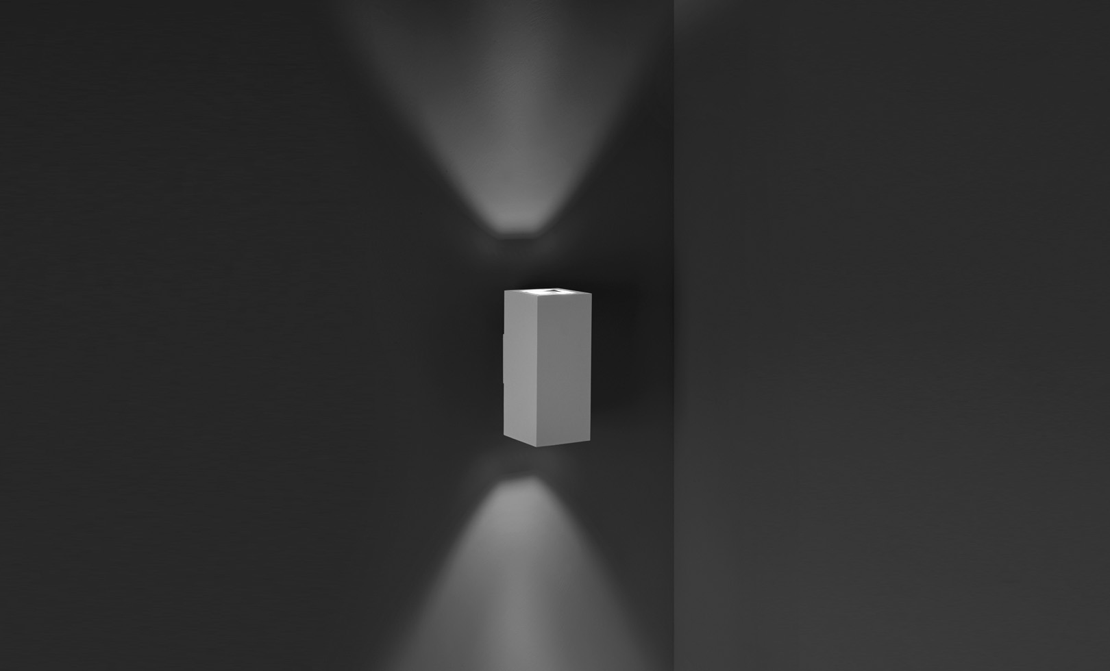 401011 TECH MAXI 02 SQUARE LED 2x39W 1