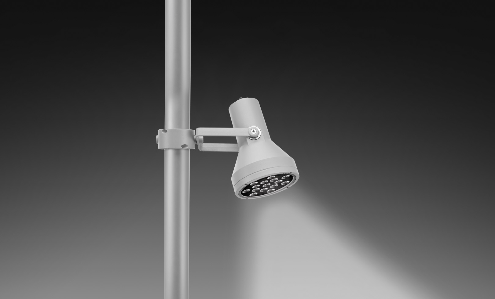 805009-805011 FLASH POLE MEGA LED 22W 1