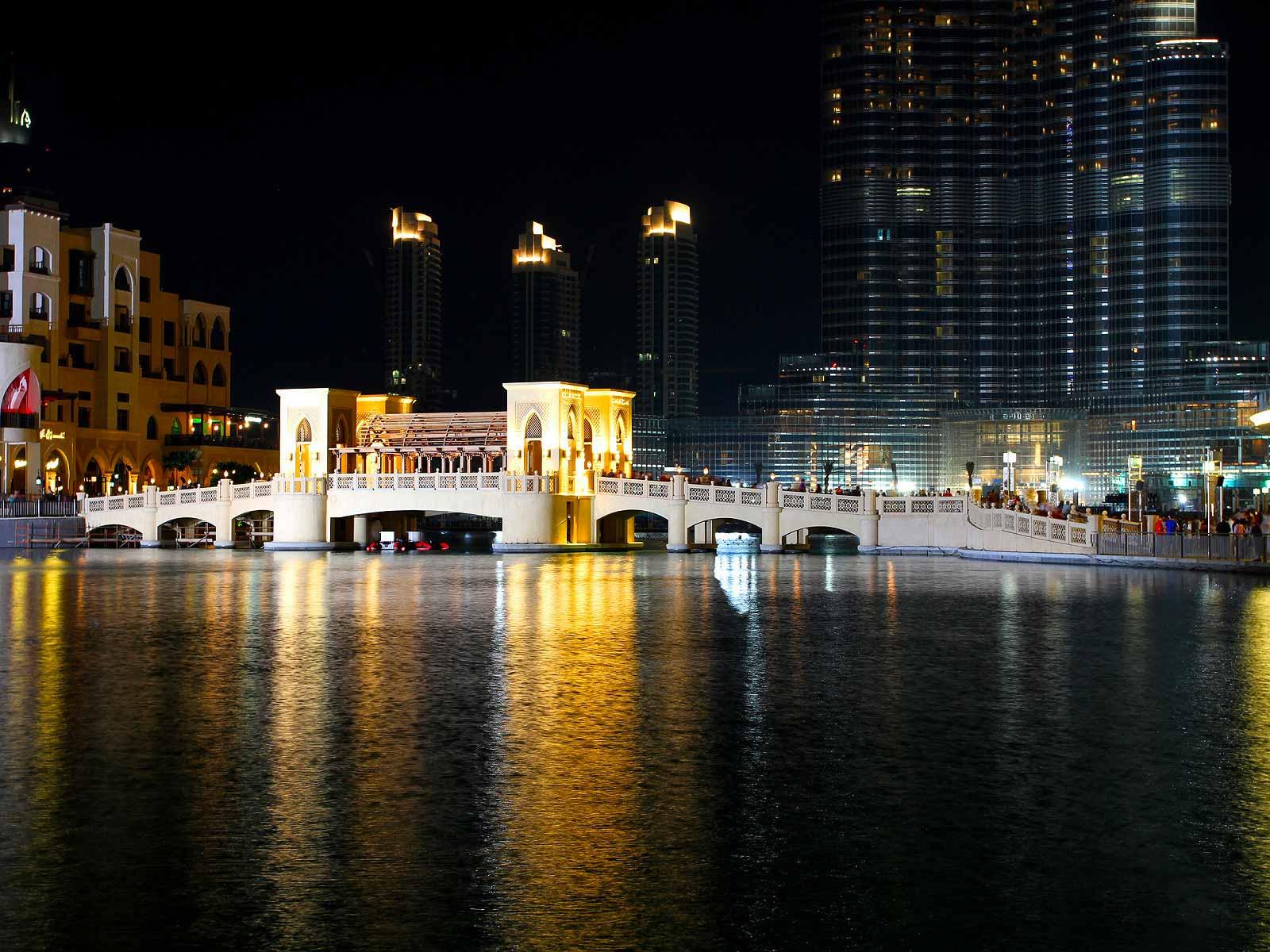 Dubai Mall Bridge 3